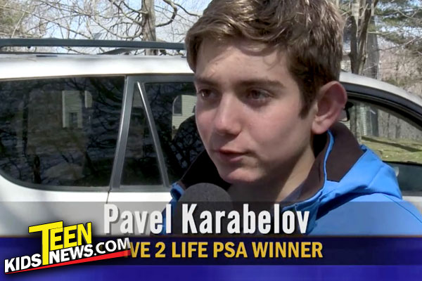 The teen who won the drive2life contest 2018 being interviewed